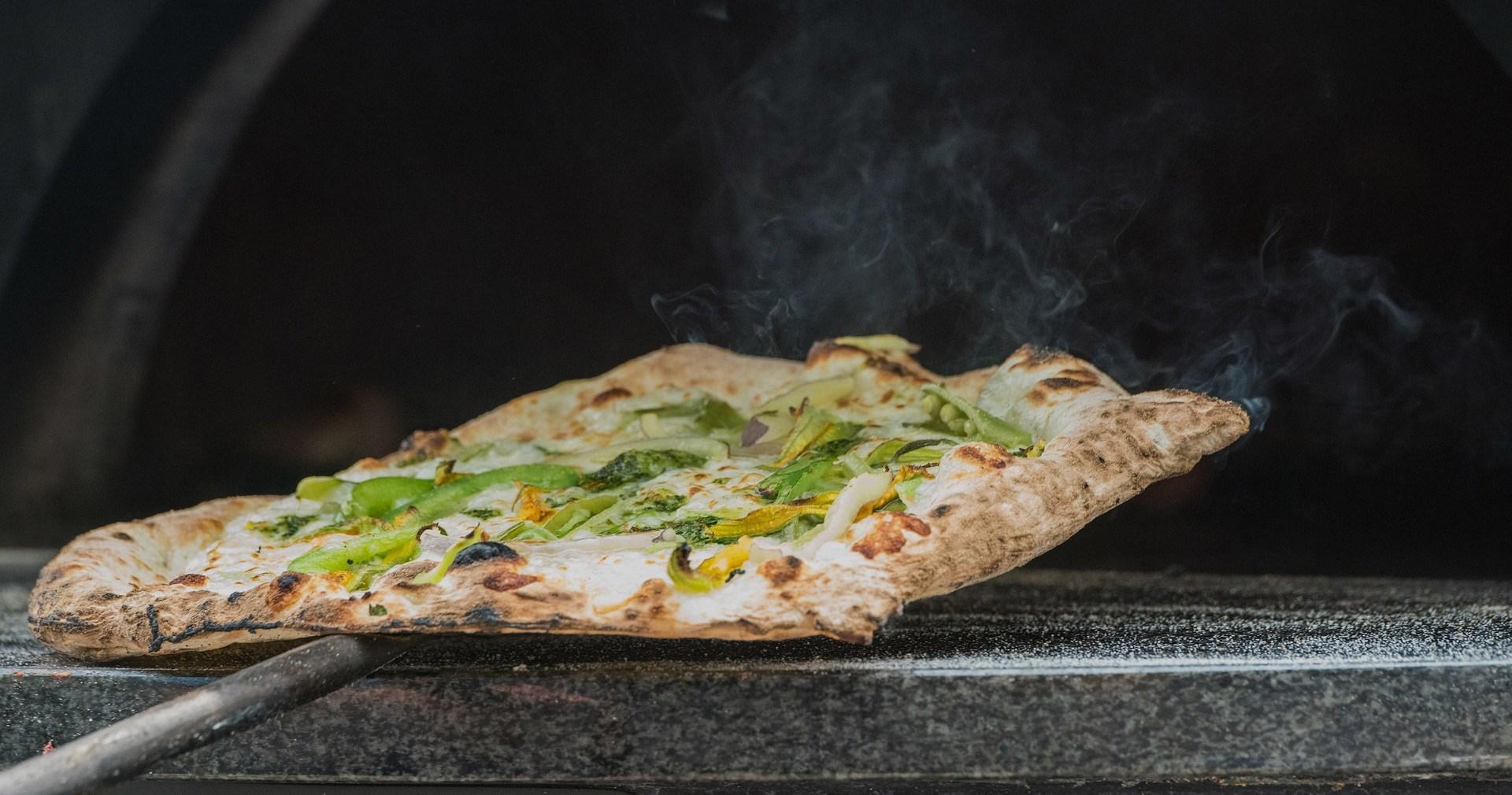 Choisir Une Plancha Professionnelle choisir son four à pizzas professionnel : les conseils des